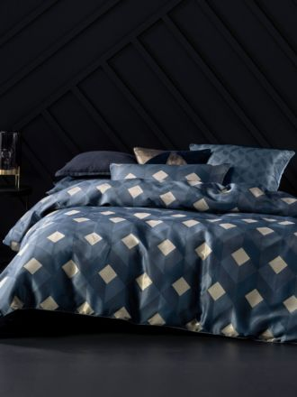 Everett Navy Quilt Cover Set
