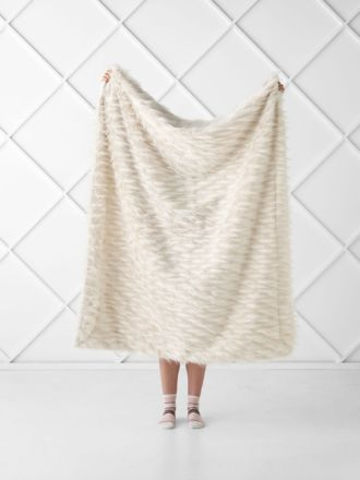 Lyanna Beige Throw