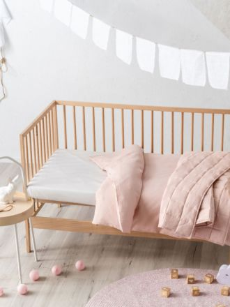 Maddison Pink Cot Quilt