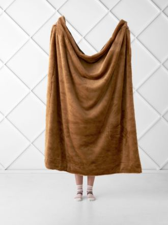 Selma Pecan Throw